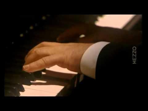 Beethoven Sonata N° 06   Daniel Barenboim