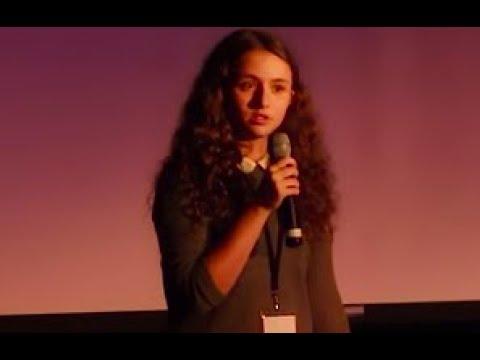 ¿Soy yo o las redes sociales? | Delfina Blanco Hähn | TEDxSaintGregory'sCollege