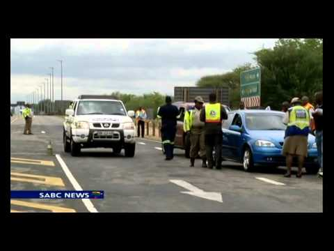 Zim drivers unhappy with SA road officials