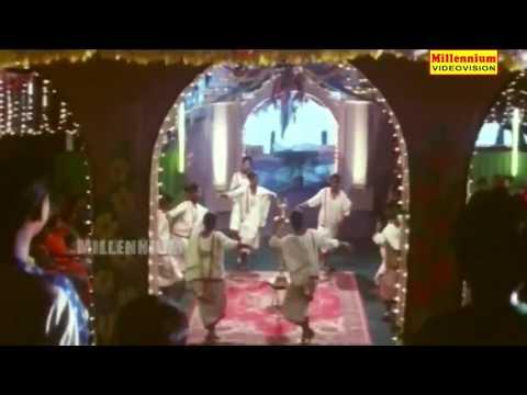 Mathimukhi Malathi Song Lyrics - Vazhunnor Malayalam Movie Songs Lyrics