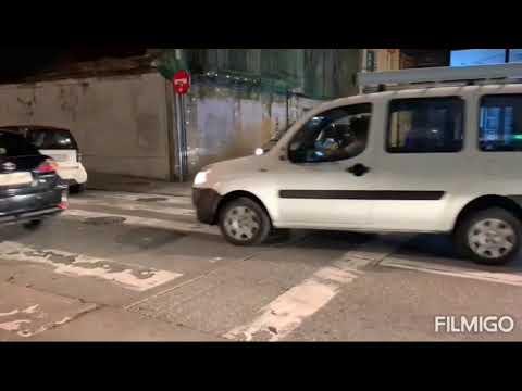 Una colisión entre tres coches dejó varios heridos en la calle Montevideo