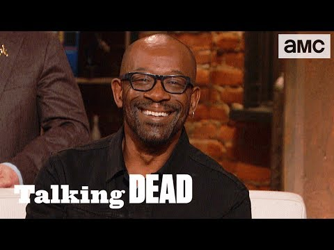 'What If Negan Had Killed Michonne?' Fan Questions Ep. 816 | Talking Dead