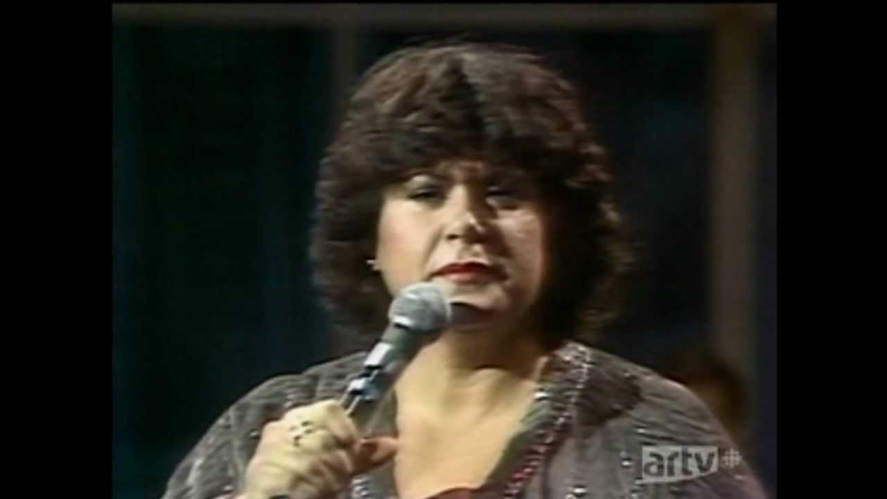ginette reno 39 39 je ne suis qu 39 une chanson 39 39 tv 1980 youtube. Black Bedroom Furniture Sets. Home Design Ideas