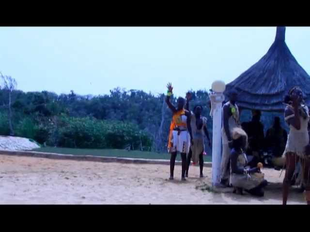 Coumbis Sorra - Farafina Mousso (Femme Africaine)
