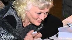 Frau Holle mit Goldmarie Schauspielerin Karin Ugowski