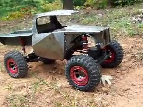 hummer rc truck with Watch on Product product id 523 as well Matt Tracks dVamBmiIDfBJclc 7CY9jPR3nxRIJfMUrWD0oS2 J8FR8 as well Review Axial Scx10 Jeep Wrangler G6 Kit additionally Randy Slawson Is Crowned At The 2015 King Of The Hammers additionally 445 Custom Hummer H2 Interior Wallpaper 5.