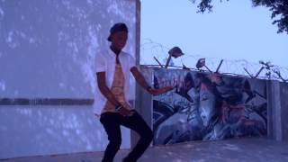 Nomiis Gee young Alhaji dance by musty