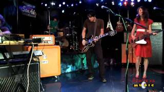 Silversun Pickups - Lazy Eye - Live On Fearless Music HD