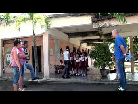 """Camaquito """"Primarschule Roberto Reyes"""" / Kuba"""