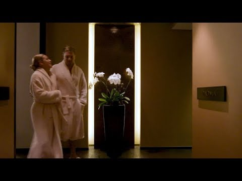 Spa and Pool at Shangri-La Hotel, Sydney