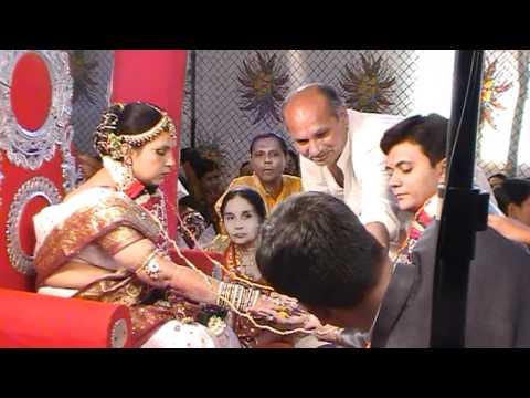 hqdefault - L'hindouisme : Mariages et fécondité