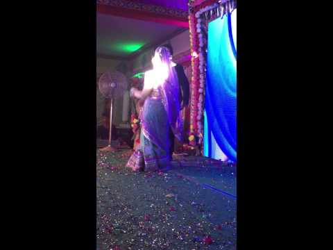 KOMAL WEDDING VARSHA VIKAS DANCE 26-04-2015 PART 1