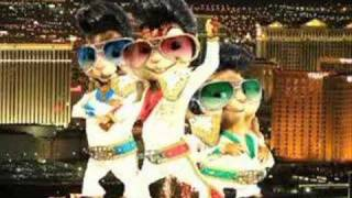 Gambar cover Elvis Presley  - It's Now or Never (Chipmunks)
