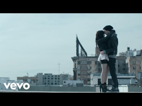 Carly Rae Jepsen - Tonight I'm Getting Over You:歌詞+中文翻譯