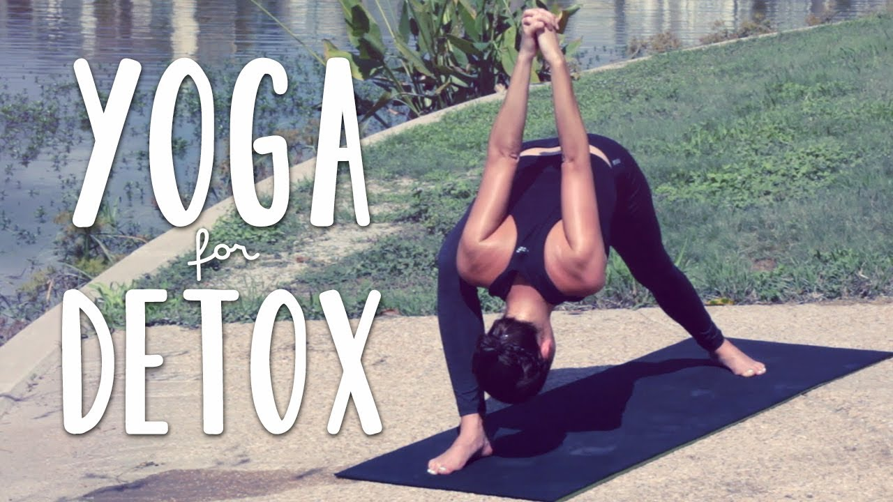 Detox Yoga | 20 Minute Yoga Flow for Detox and Digestion