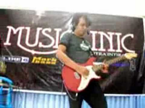 Dd Crow - Missing You So Much in Line6 Clinic Denpasar