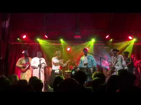 Orchestra Baobab LIVE  - Utrus Horas - Cabaret Sauvage