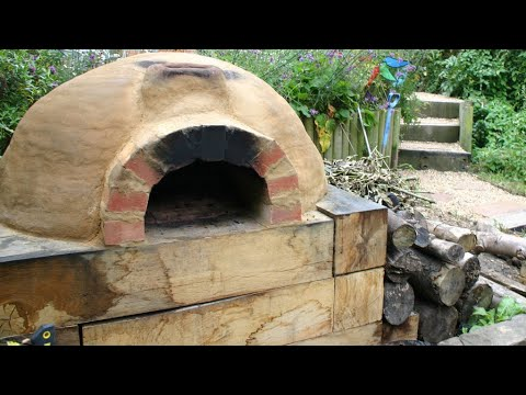 How to Make A Earthen Pizza Oven | DIY Brick Oven | Homemade Wood Fired pizza oven