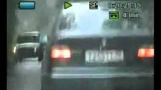 Преследование со стрельбой машины сотрудниками ГИБДД(На видео видно, как пули попали в заднее стекло. Что это было, огонь на поражение? За неостановку по требован..., 2011-01-15T11:29:47.000Z)