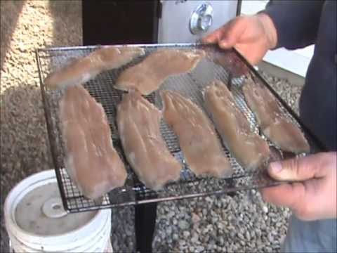 How to smoke fish youtube for How to smoke fish in a smoker