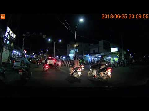 Xiaomi Mijia DashCam Low Light Performance Shot @ Night