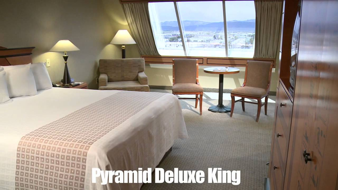 Luxor 2 Bedroom Suite Rooms Luxor Hotel Casino Pyramid Deluxe King Youtube