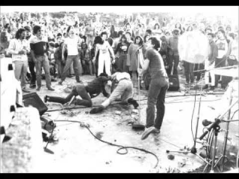Black Flag - Live @ Pollywog Park, Manhattan Beach, CA, 7/22/79 [KEITH MORRIS ON VOCALS]