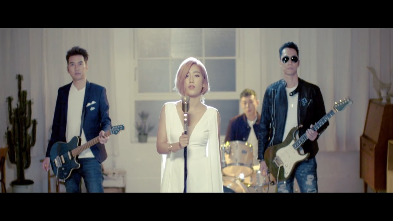 小男孩樂團 Men Envy Children《天使也會受傷 Angel's Pain》Official Music Video - YouTube