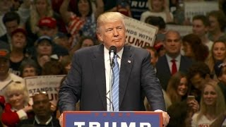 Trump pledges to build a wall