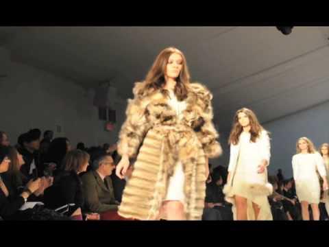 Dennis Basso Fashion Show
