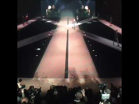 Download 352020 Fashion Show Review  Dsquared2 F/W 20/21