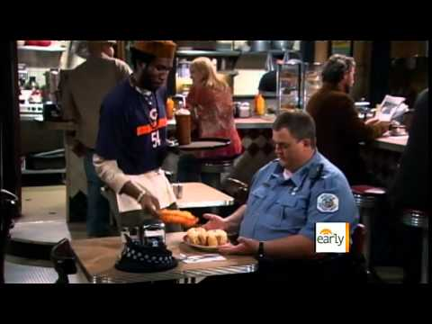 """The Early Show - """"Mike & Molly"""" breakout star Billy Gardell"""