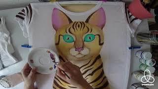 Роспись футболки акрилом. Рисую кошку