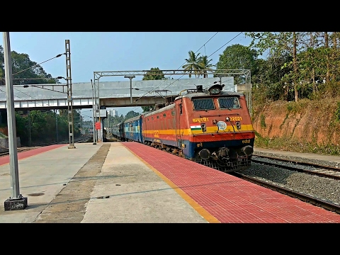 Offlink WAP1 Sabari Express alerts arrives Tiruvalla