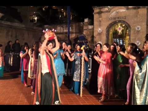Best Jago Aiya at a Punjabi Wedding