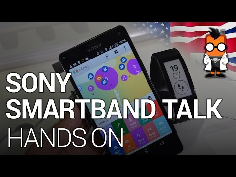 Sony Smartband Talk with LifeLog Hands On