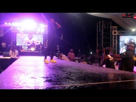 Ketchup – Pam Pam mad Video performance