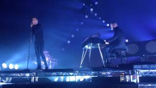 HURTS - Blind LIVE at O2 Apollo, Manchester 25/10/13