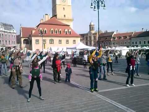 BABYWEARING Brasov - Flashmob International Babywearing Week 5 -11 October 2014, Brasov, Romania
