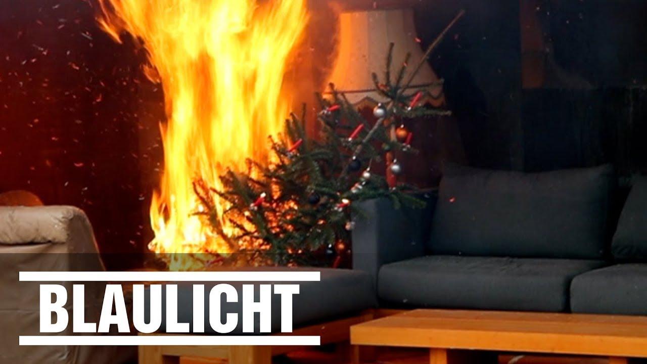 Weihnachtsbaum brennt! Sicherheitstipps zu Weihnachten - YouTube