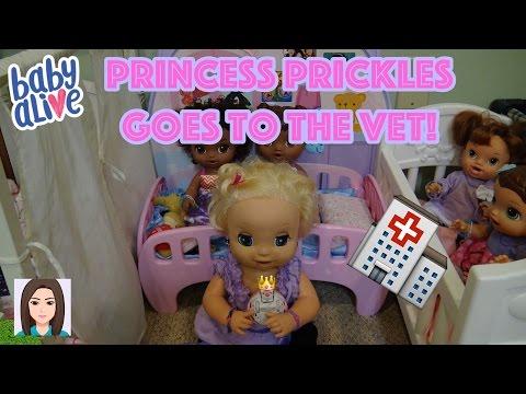 Baby Alives Take Princess Prickles To The Vet!