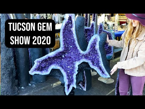 Tour of just a small portion of the large samples on display at this year's Tucson Gem and Mineral Show from February (Just...