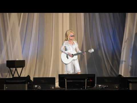 "Dolly Parton ""Pure & Simple"" - Grand Casino Hinckley (MN)"