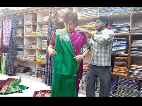 Tutorial! How To Wear Saree / Cara Memakai Kain Sari India