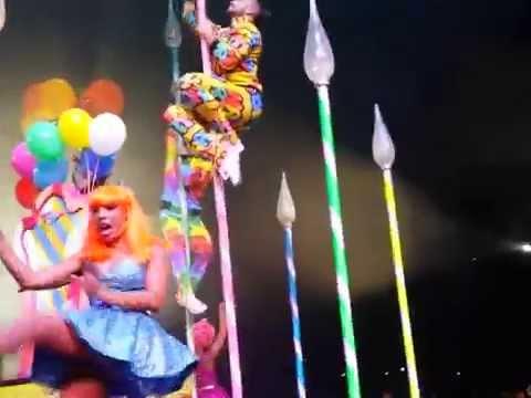 Katy Perry - Birthday - Prismatic World Tour Barcelona