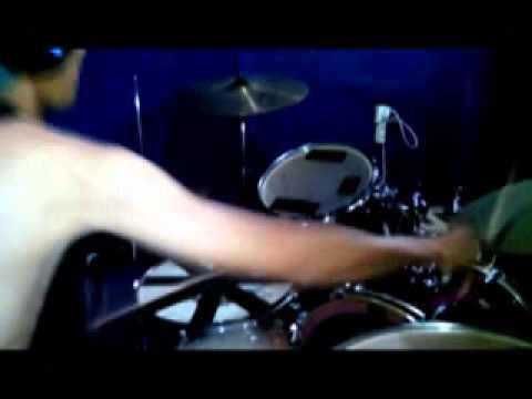 Adera - Lebih Indah / Cover By Omen Beerbox ( Original Music Video )