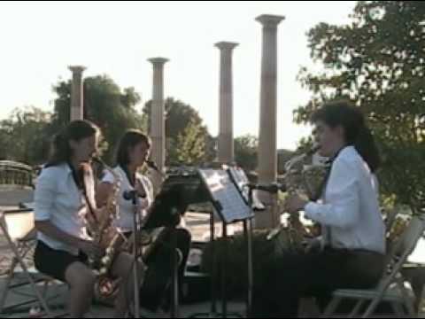 JS Bach: Bourée, Cousino High School Saxophone Qua...