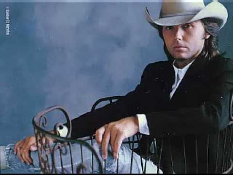 Dwight Yoakam - Crazy little thing called Love - Live '99