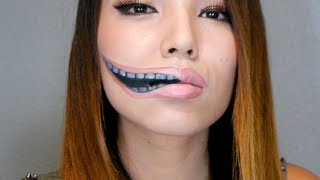 Creepy Stretched Lips Make-up ( Halloween 2013) Thumbnail