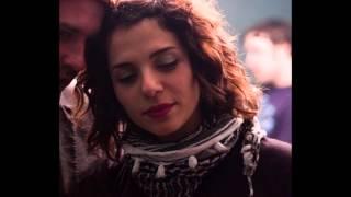 Play Décollage (feat. Lou Lou Ghelichkhani)